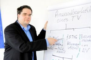 Arbeitnehmeranwalt Marc Hessling im Betriebsratsseminar